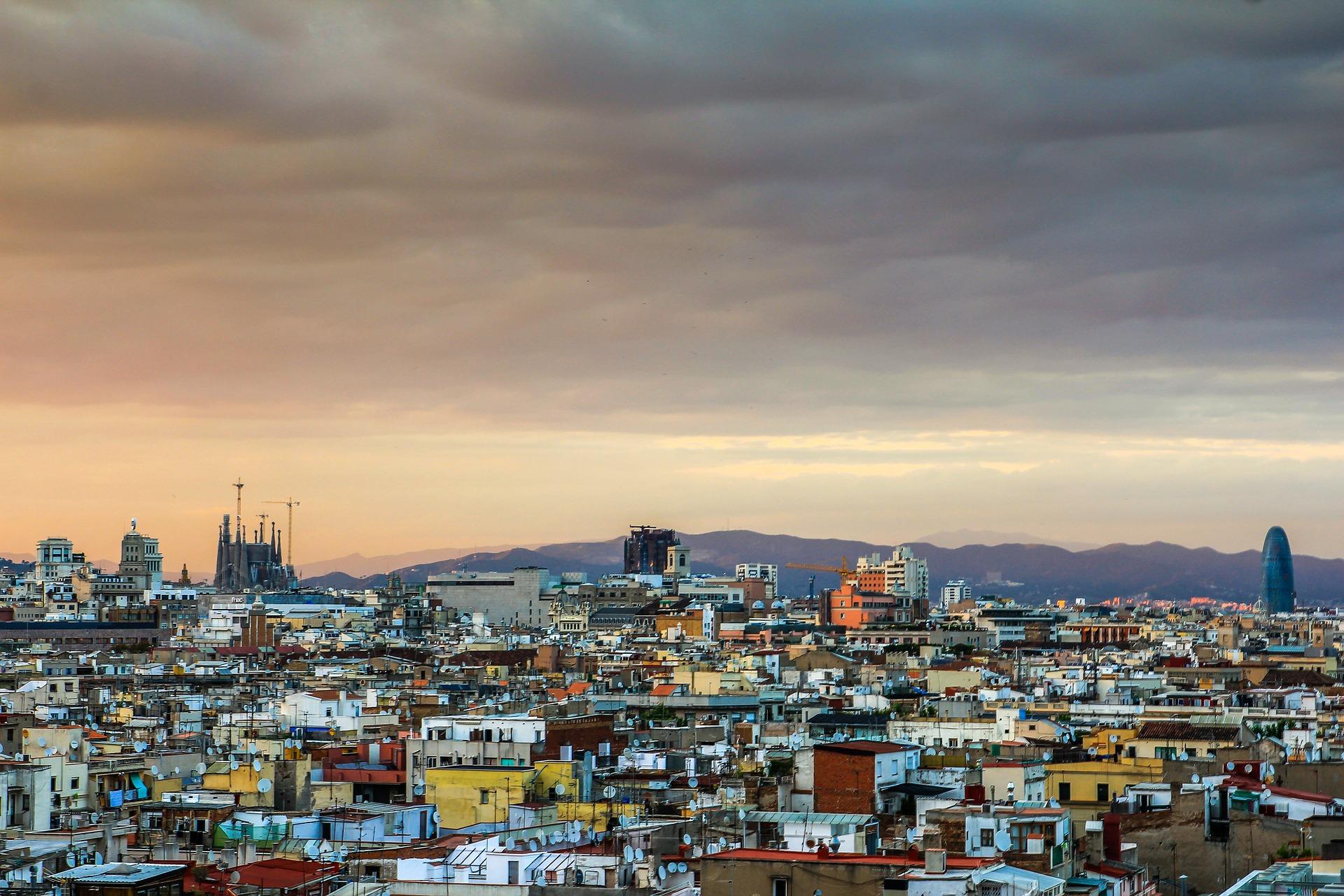 barcelona-838680_1920